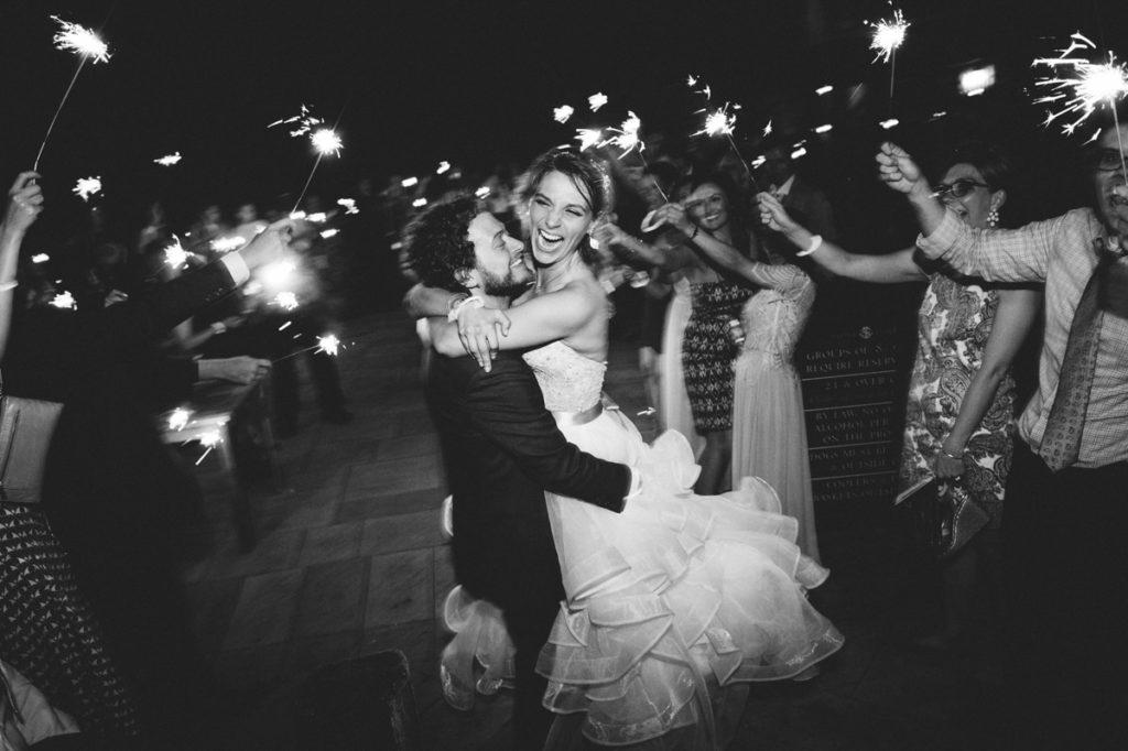 wedding sparkler photo bradleyimages