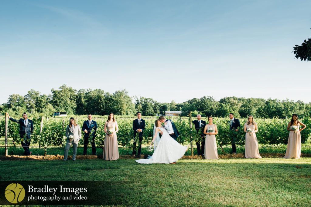 Harvest House at Lost Creek Winery Bridal Party